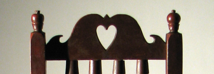 6.Red-Heart-crest-chair